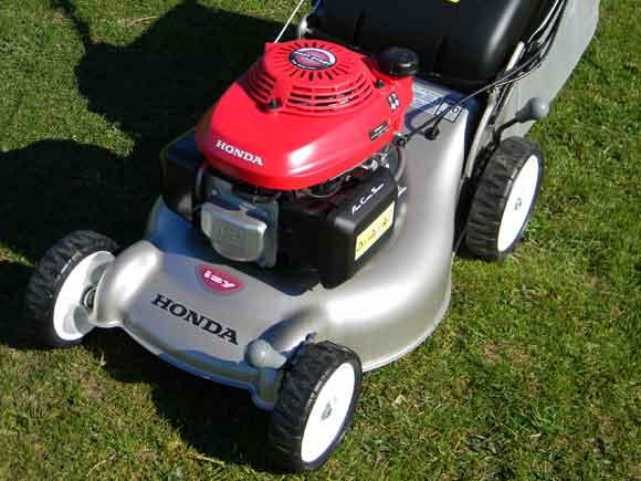 Honda Izy lawn mower